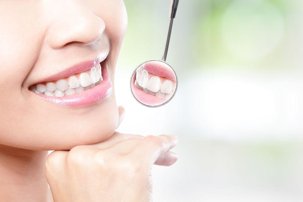 Richtige Mundhygiene ist besonders zu Hause wichtig